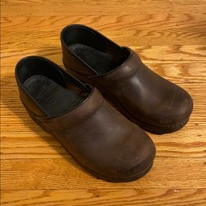 Oiled Leather Dansko Clog